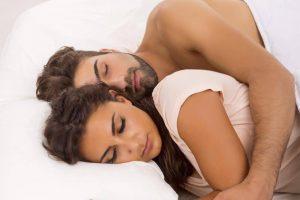 طرق البقاء فترة اطول في السرير